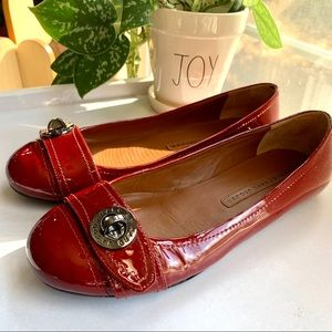 ⬇️ $65 | Marc Jacobs Red Ballet Flats. Size 37